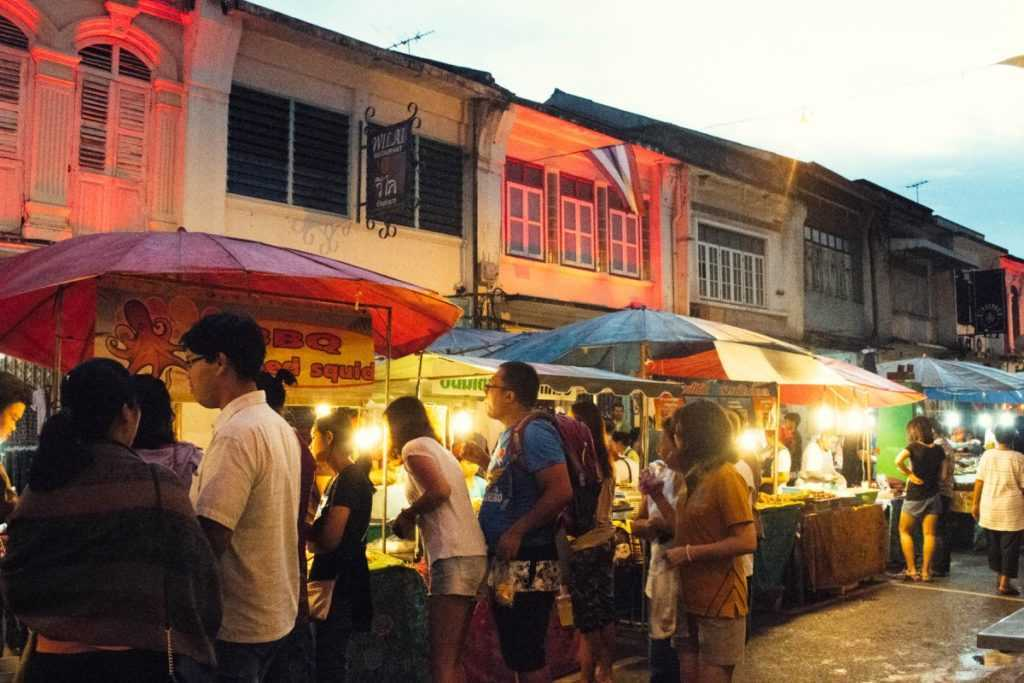 Phuket Stadt Sunday Walkind Street Market