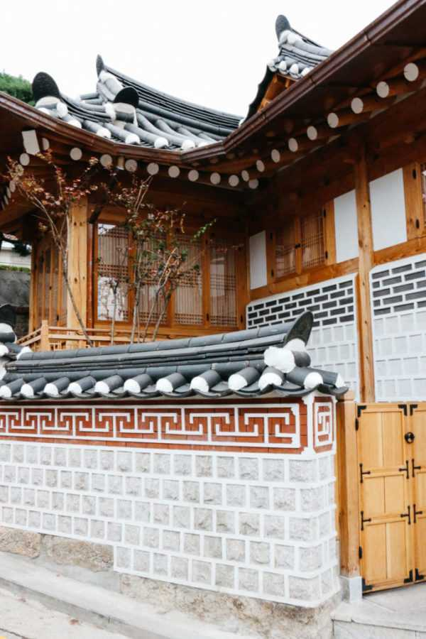house in bukchon hanok village seoul south korea
