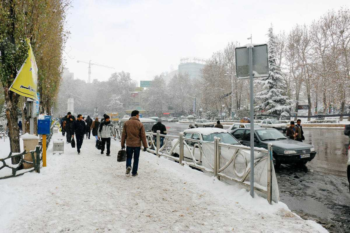 street teheran winter
