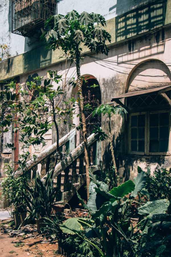 verlassene ruine mumbai indien