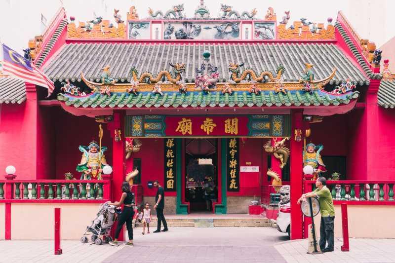 chinesischer tempel in chinatown kuala lumpur malaysia
