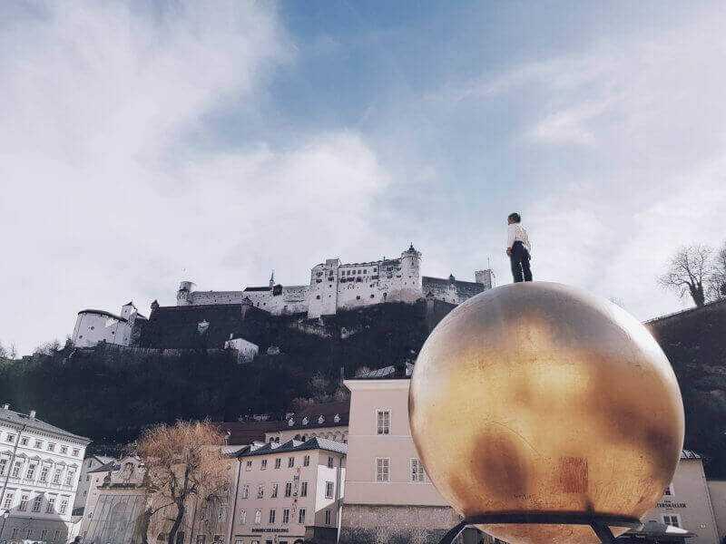 Salzburg Goldene Kugel   e