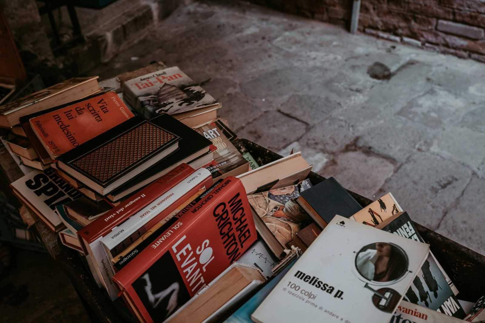 Libreria Acqua Alta Venedig Buchhandlung Antiquariat
