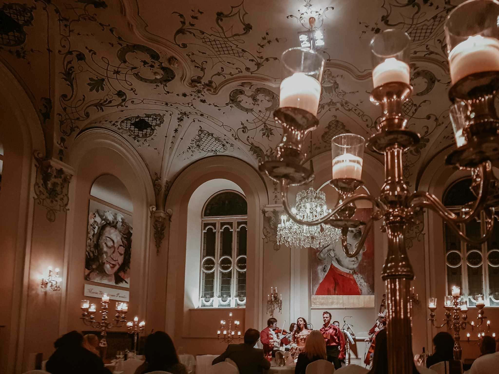 Mozart Dinner Konzert bei Kerzenlicht