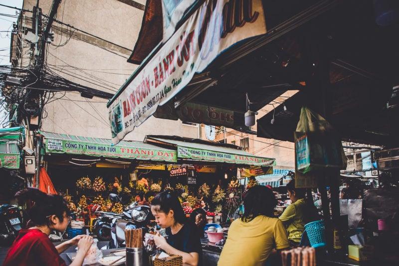 Street Food Tour Saigon