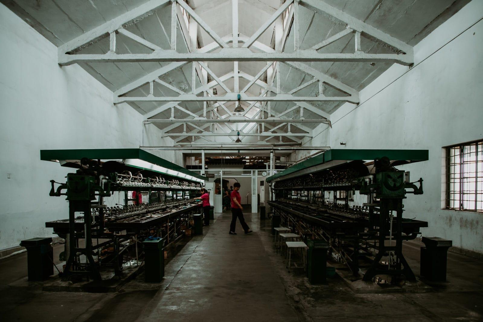 Suzhou Sehenswürdigkeiten Seidenfabrik Maschine