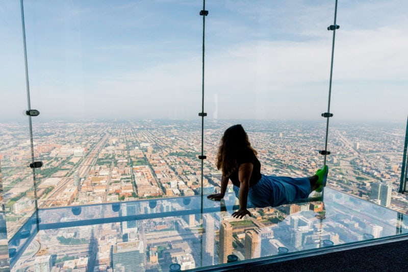 Chicago City Pass Skydeck Ledges