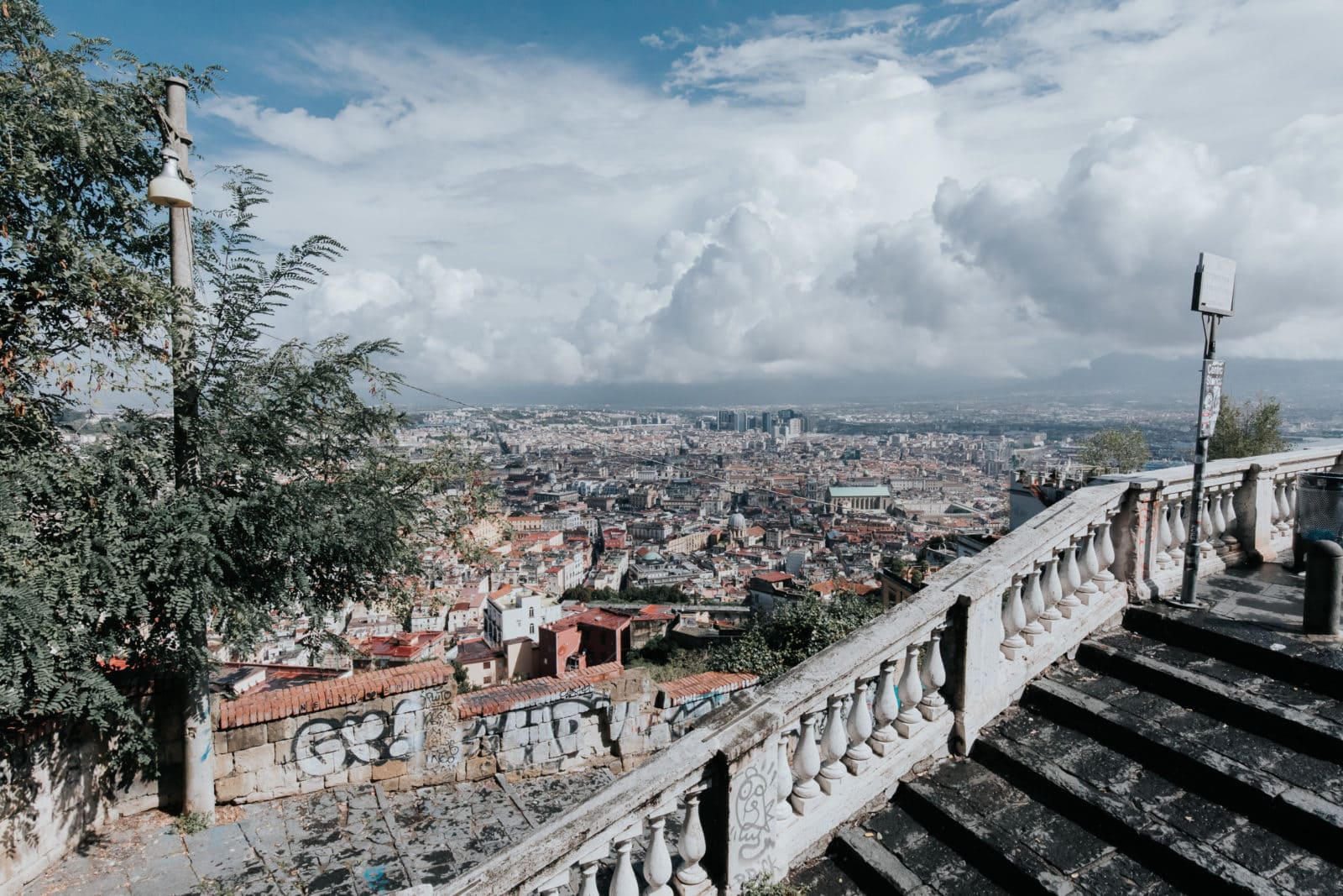 Neapel Sehenswürdigkeiten Aussicht Castell Sant Elmo Vomero