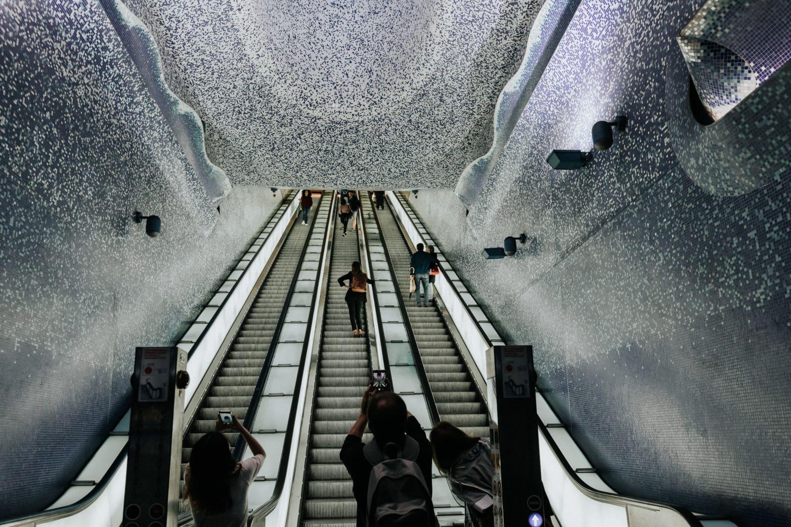 Neapel Sehenswürdigkeiten Metro Toledo