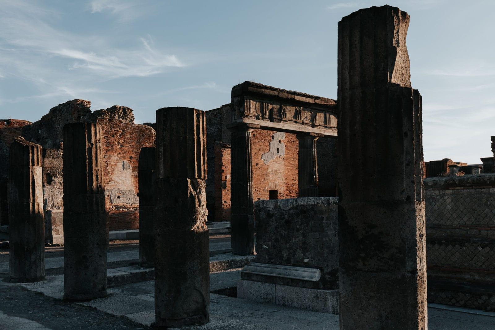 Pompeji: Von Mumien und bissigen Hunden. 9