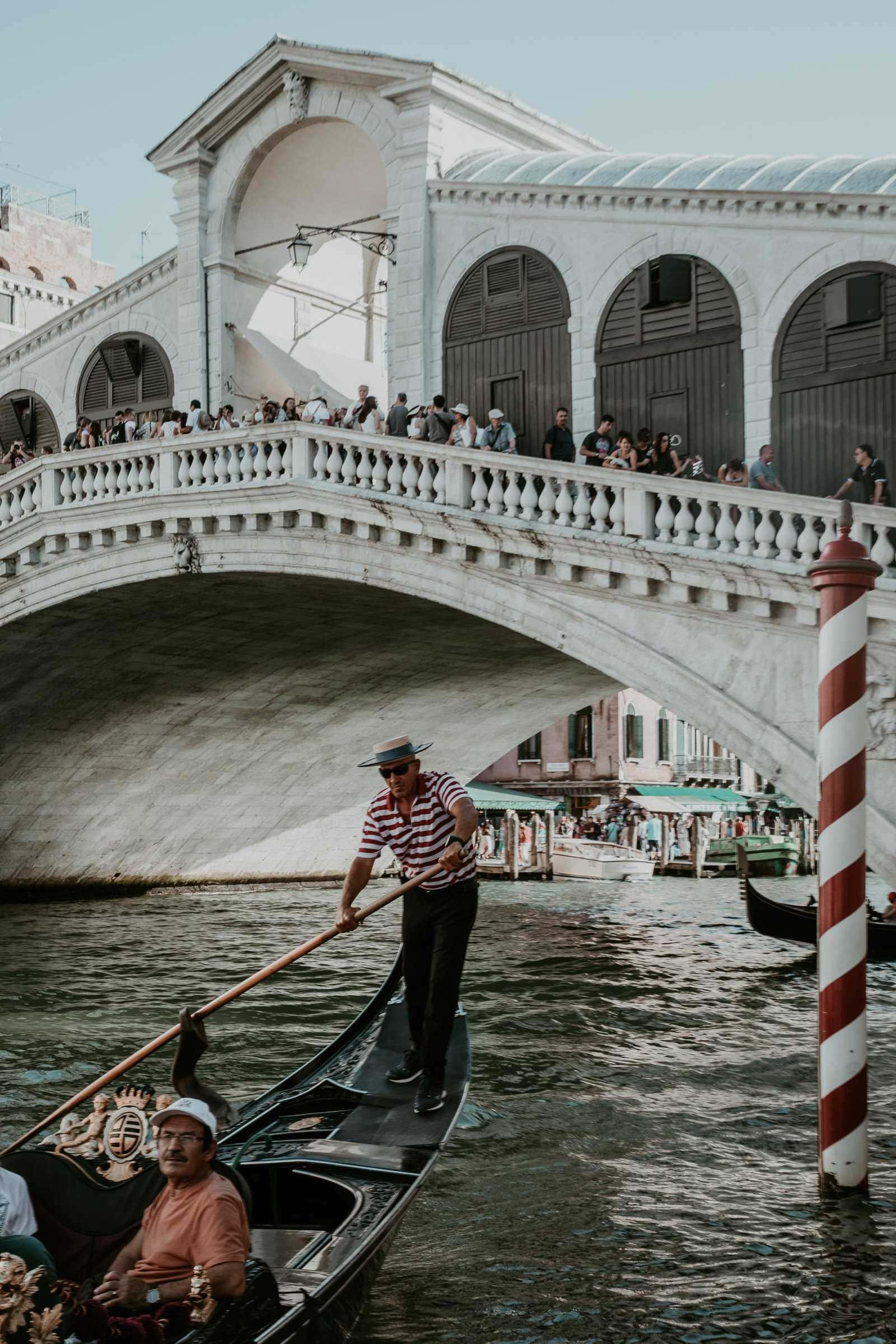 Gondoliere Gondel Rialtobrücke