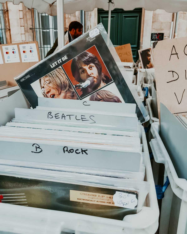 Aix en Provence Let it be Beatles Schallplatte auf Flohmarkt