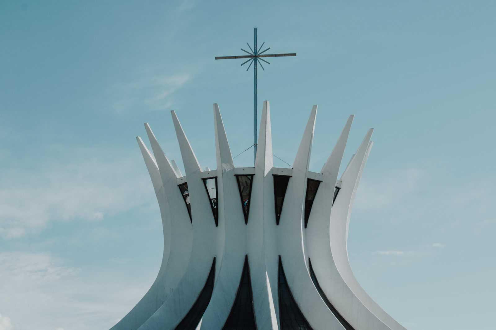 Brasilia Sehenswürdigkeiten Kathedrale Brasilia Oscar Niemeyer Architekt