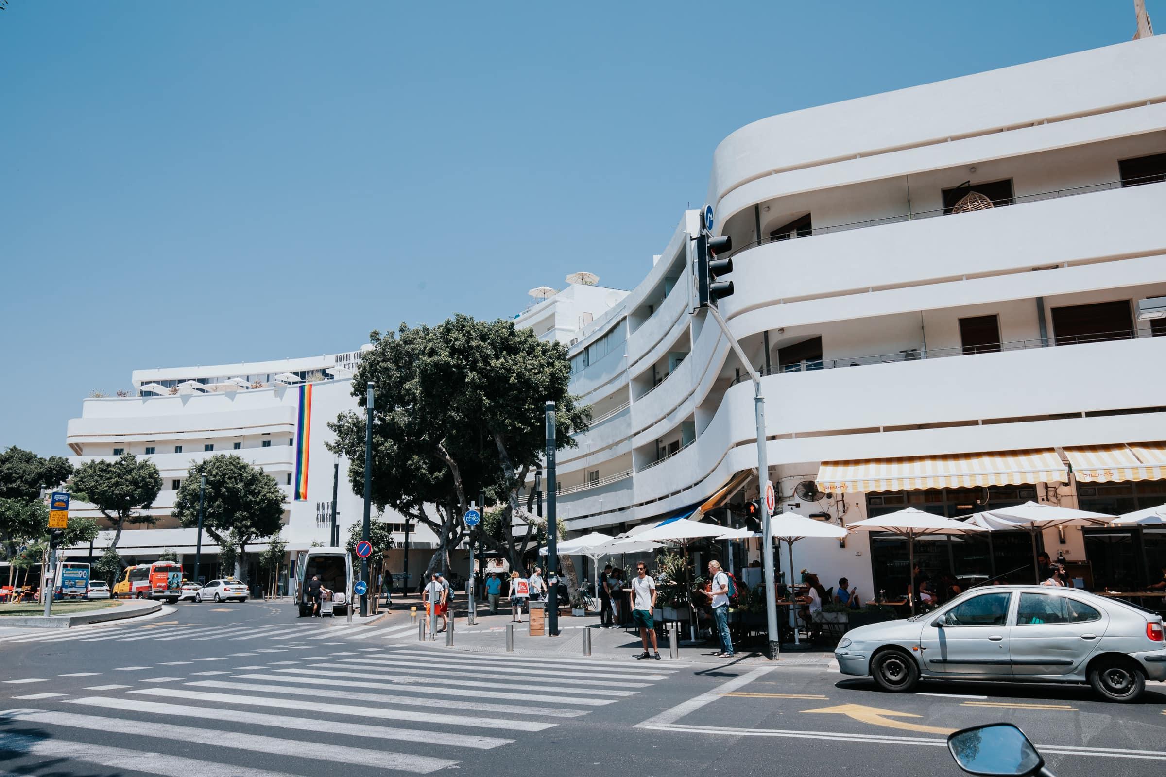 Tel Aviv Sehenswürdigkeiten Dizengoff Square Bauhaus