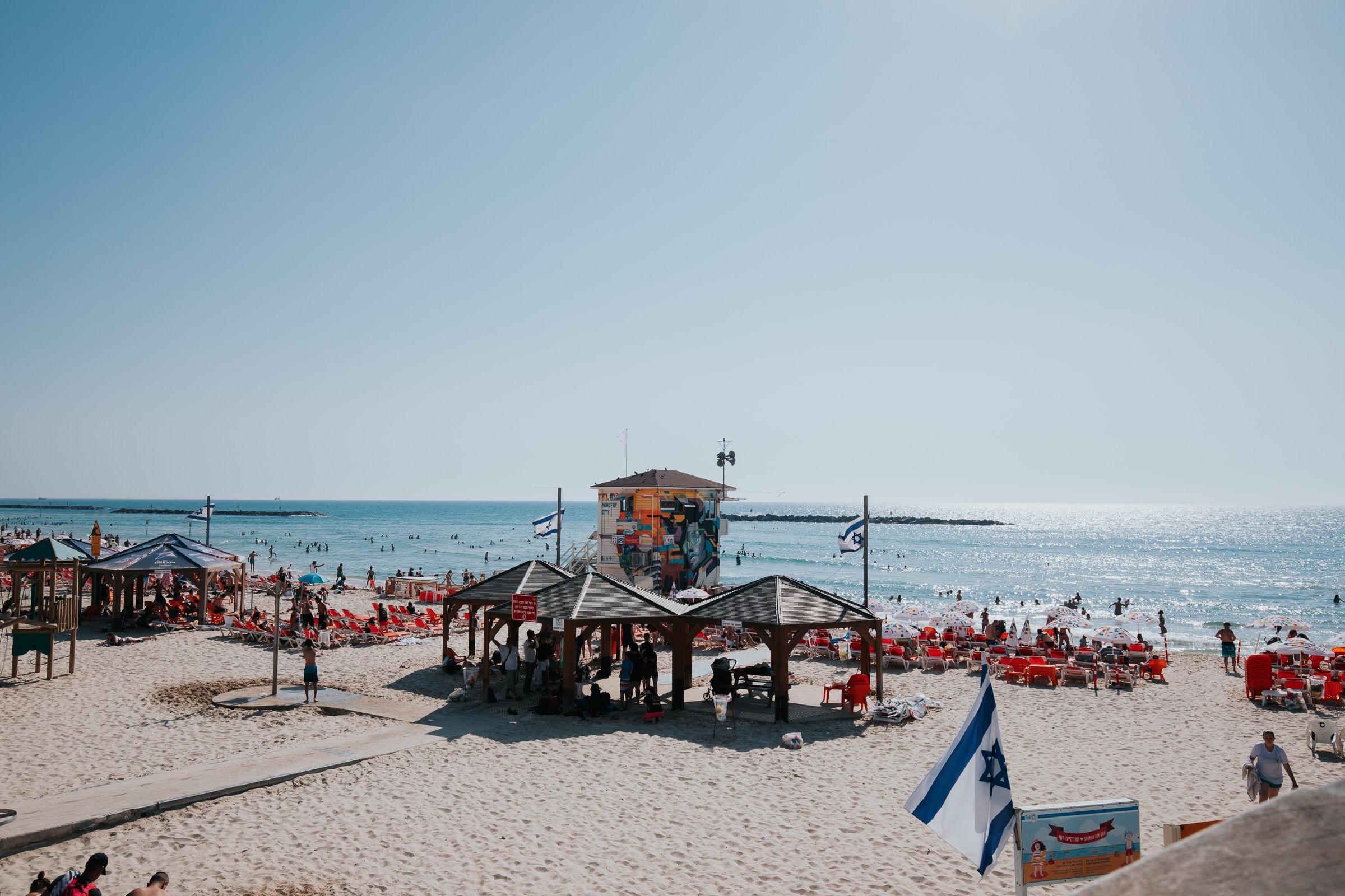 Tel Aviv Sehenswürdigkeiten Strand Frishman Beach Rettungschwimmer Bademeister