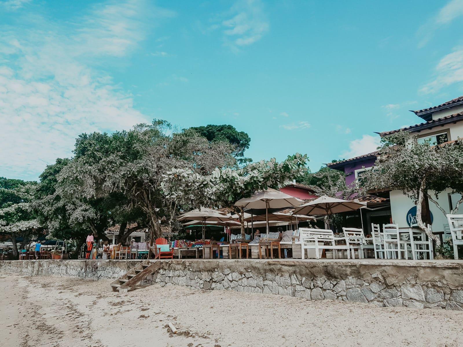 Buzíos Praia de Manguinhos Bars am Strand
