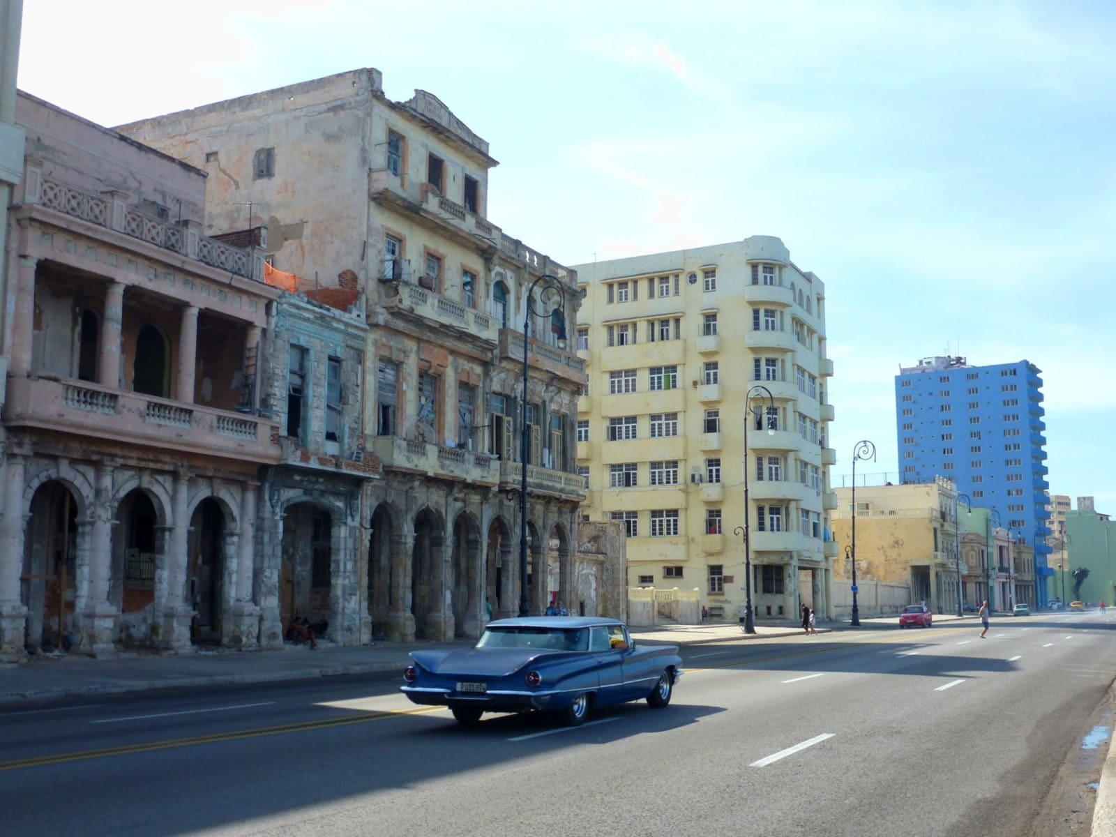 Havanna Sehenswürdigkeiten Malecon Promenade