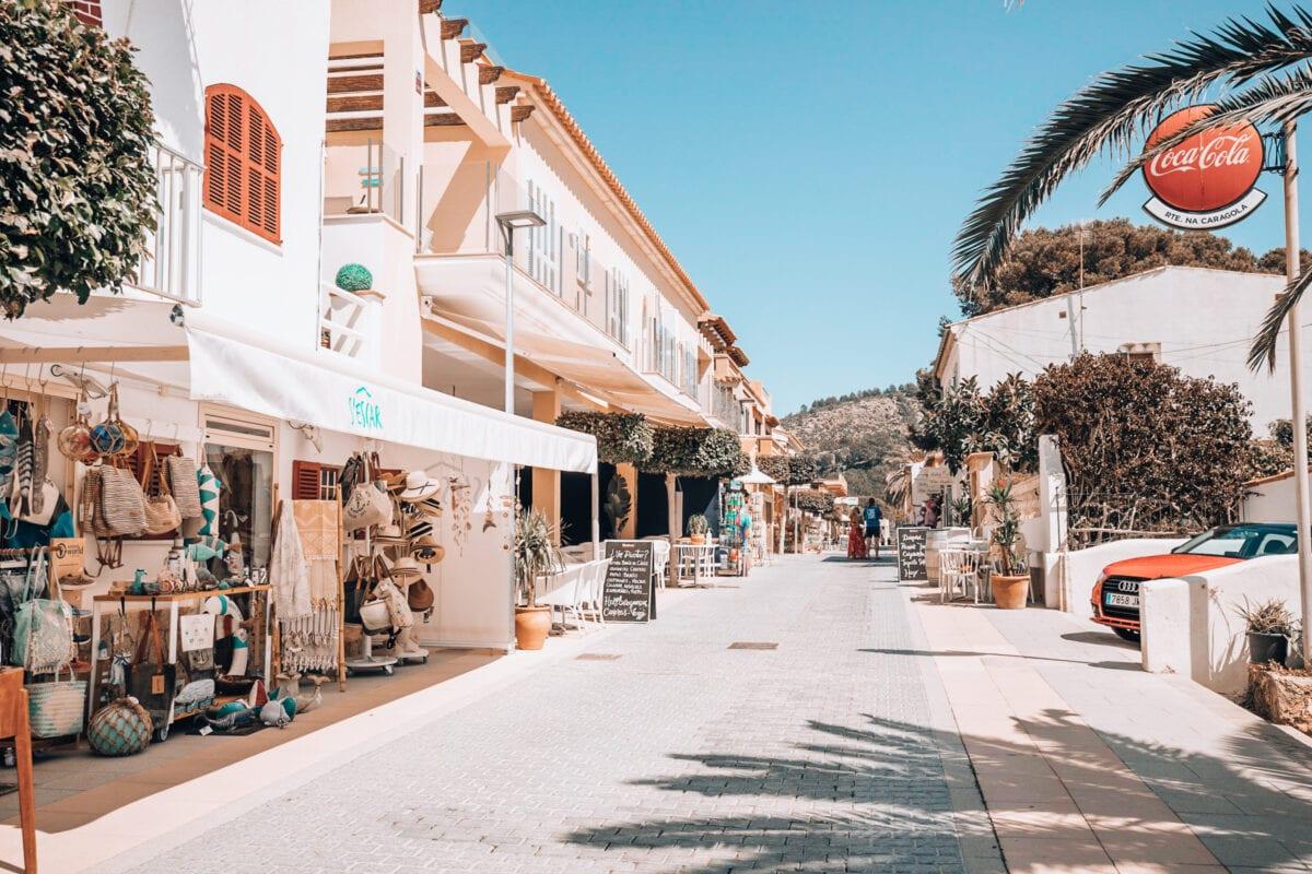 Carrer Cala en Basset in Sant Elm Mallorca